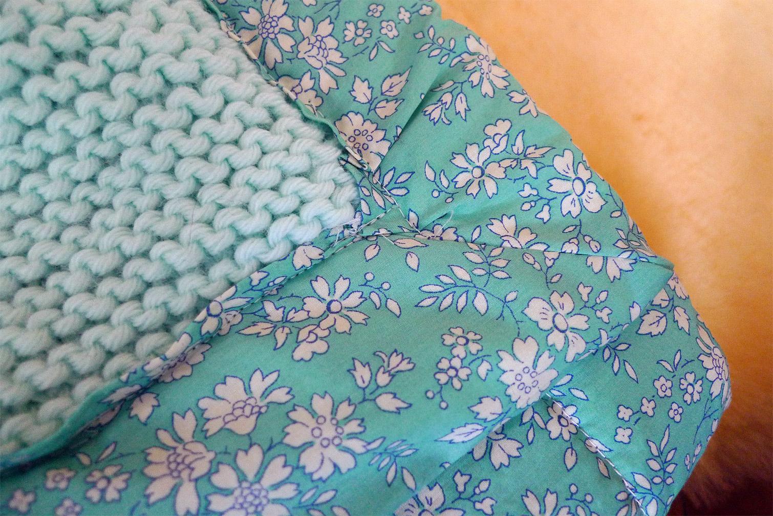 tuto tricoter et doubler un plaid pour b b fafaille. Black Bedroom Furniture Sets. Home Design Ideas