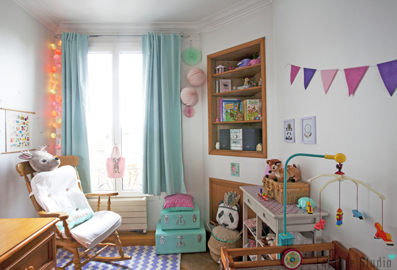 La chambre de louise fafaille studio for Separation chambre parents bebe